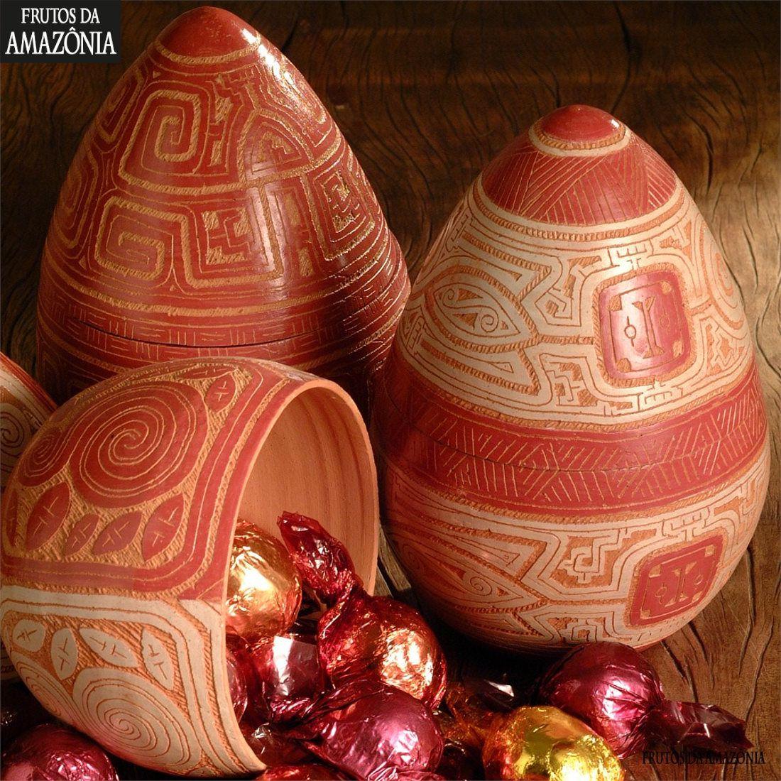 Ovo de Cerâmica marajoara com bombons - 210gr