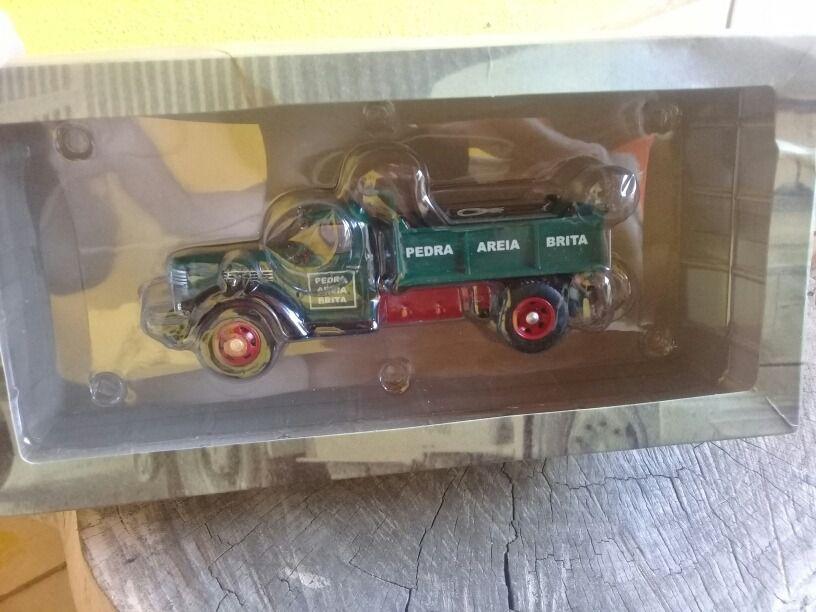 Miniatura Caminhão International Harvester Kb-7-1/43- 10572