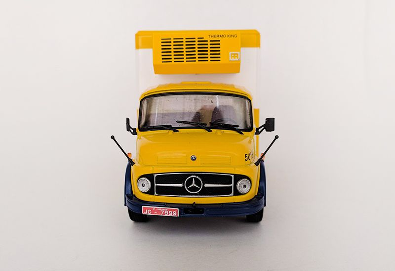 Miniatura Caminhão Mercedes L1113 Kibon - Deagostini - 1/43 - 10557