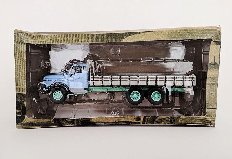 Miniatura Caminhão Volvo L395 Titan-deagostini-1/43- 10553