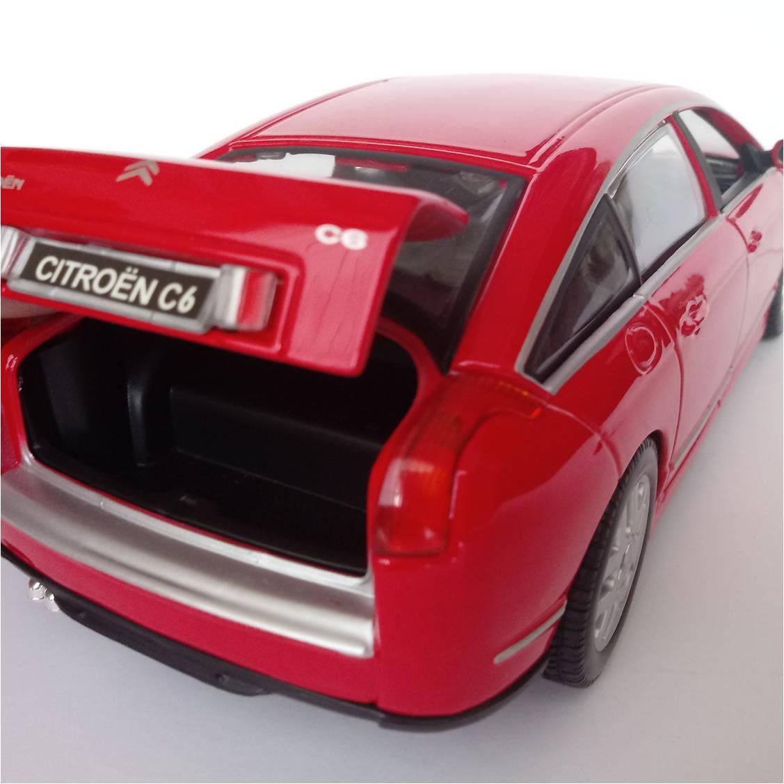 Miniatura Citroen C6 - Bburago - Escala 1/20 - 10628