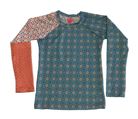 Camiseta de Proteção UPF50+ - Retro Holiday