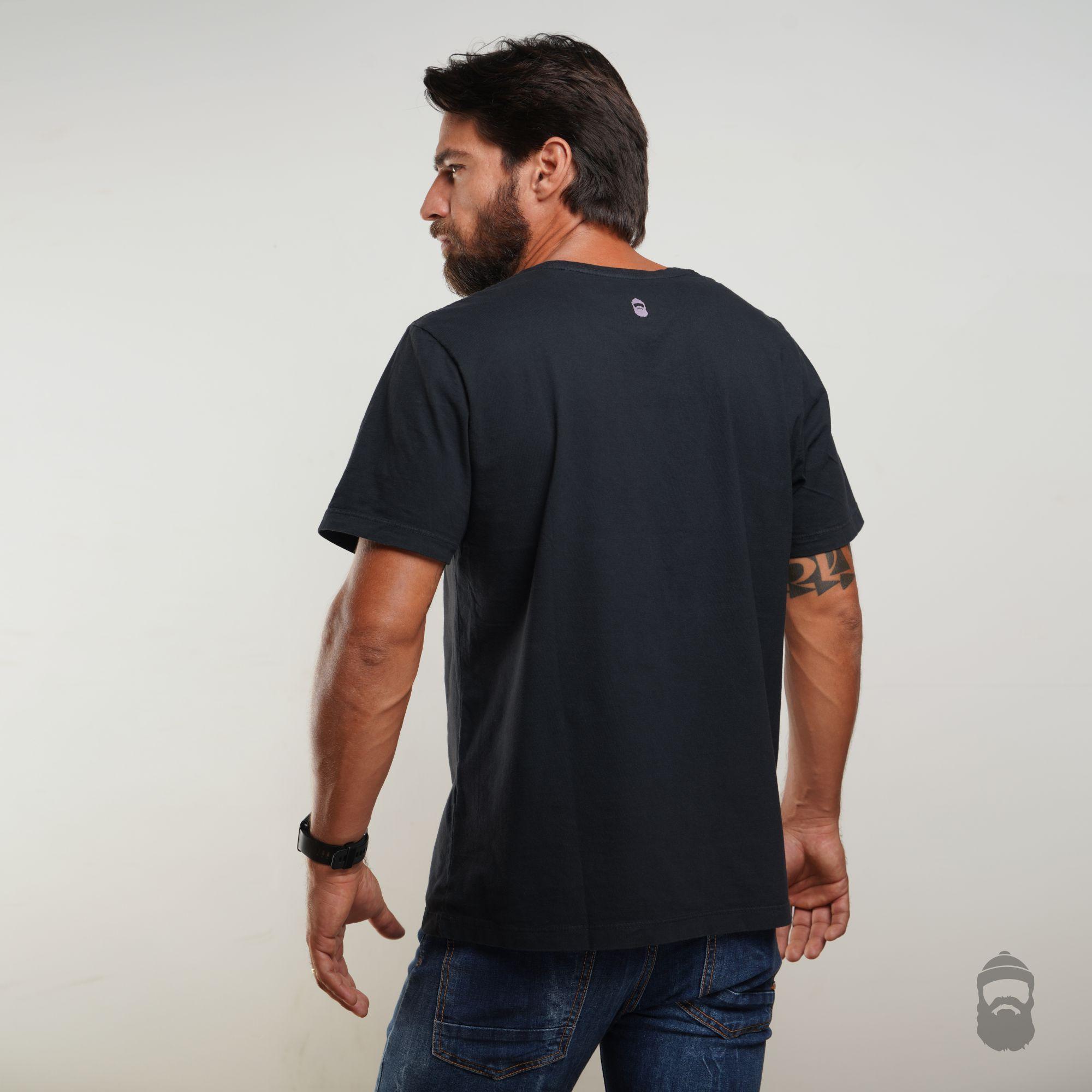Camiseta Love Bacon Estonada Preta