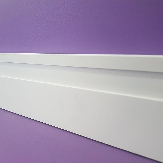 Moldura/Rodapé de Poliestireno Frisado - Branco - 7cm de altura  (7x1x240cm)