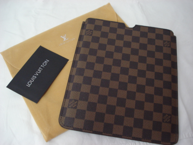 CAPA PARA TABLET LOUIS VUITTON COVER DAMIER