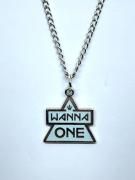 Colar Wanna One