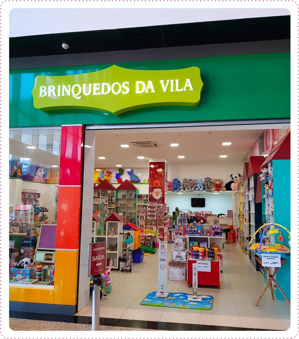 Situada no Ourinhos Plaza Shopping, na cidade de Ourinhos, a Brinquedos da Vila possui um amplo espaço de mais de 500 metros quadrados de pura diversão