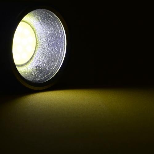 Mini_Lanterna_de_LED_COB_a_Pilhas_Vermelho_CBRN16549_02_500