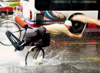 Cycling_in_rain
