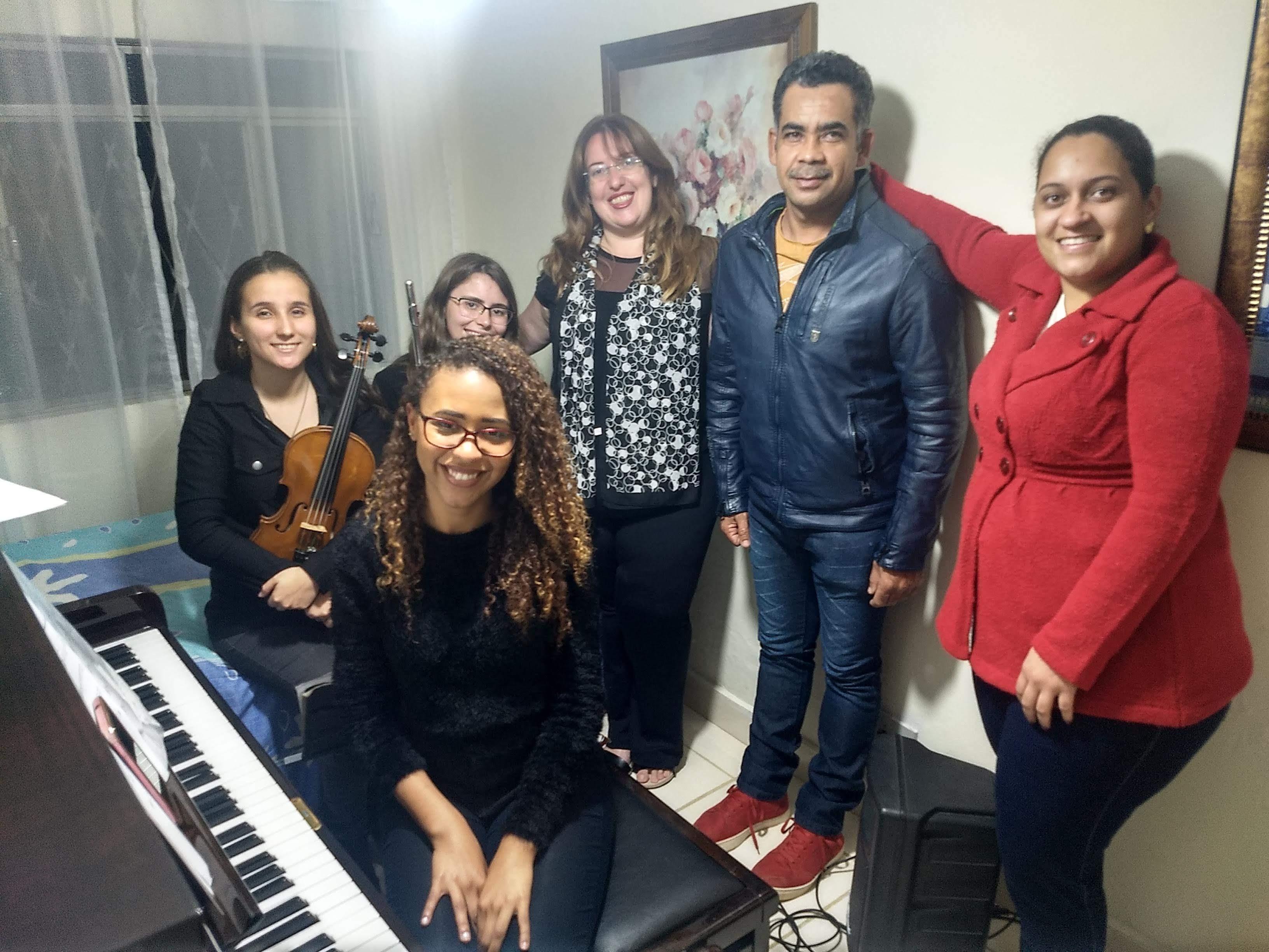 Luciane Borges Noivos Demonstraçao 10 melhores bandas de música para casamentos para Juiz de Fora