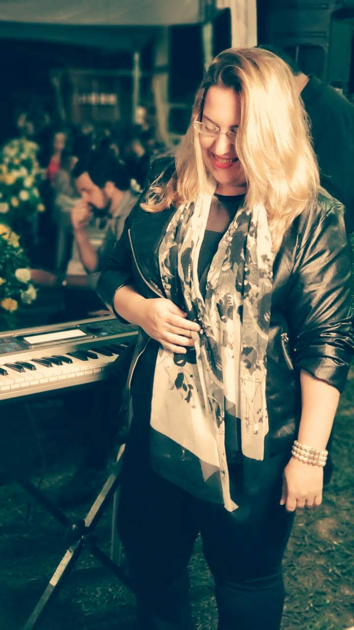 Luciane Borges Equipe de #musicos sob coordenação de #LucianeBorges @lucianetecladista