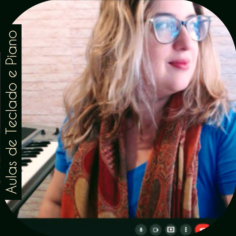 referencia professora de piano em minas gerais Luciane Borges pianista mineira para iniciação musical