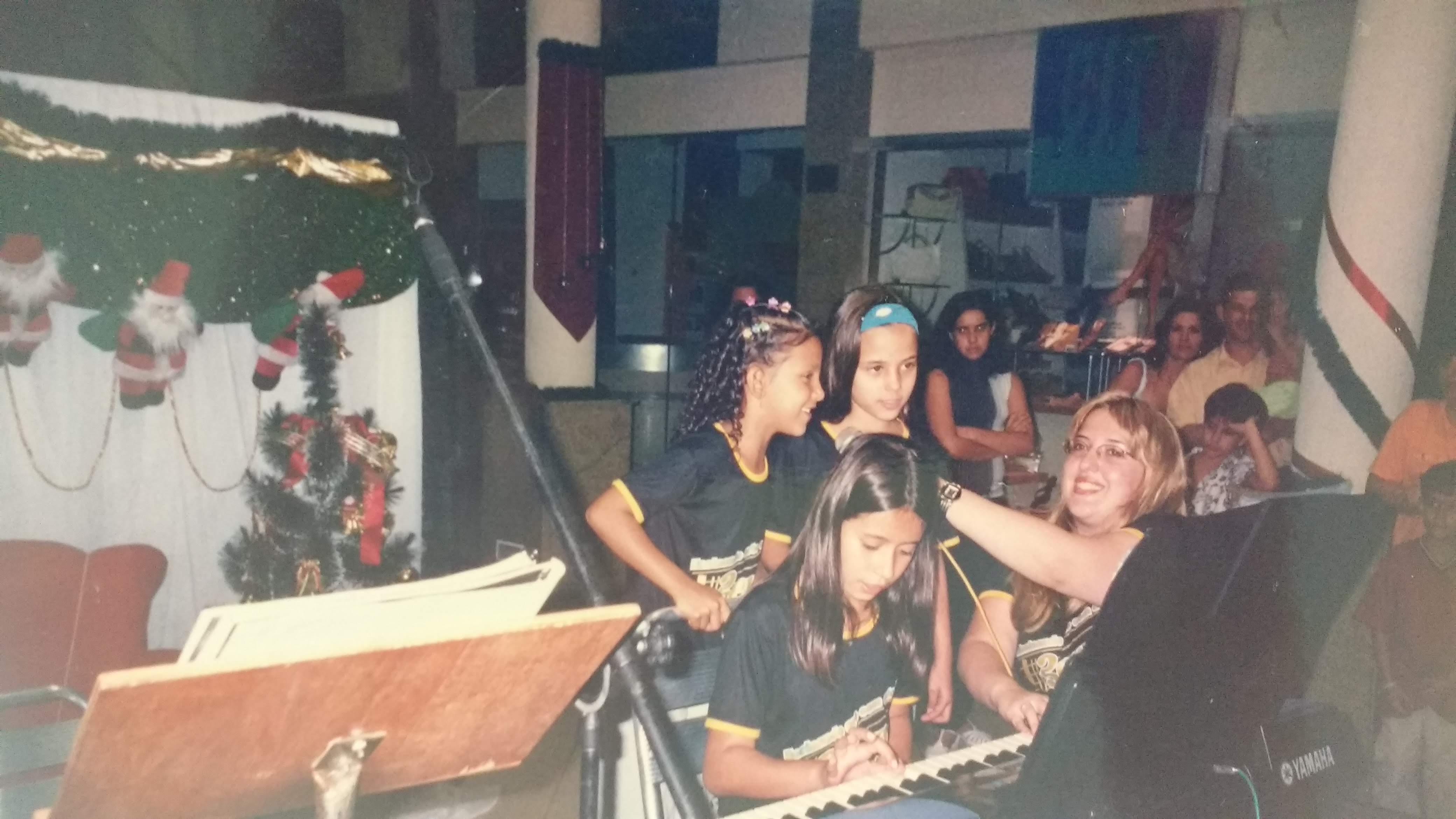 recital de alunos de musica aula de teclado em juiz de fora, aula de musica em juiz de fora, aprender teclado, aprender piano, piano professor em jf, aprender a tocar piano, aprender a tocar teclado, @lucianetecladista,  professora de teclado, professora de piano, professor de musica em juiz de fora, professora de musica em juiz de fora,   professora de teclado curso de teclado professora Luciane Borges @lucianetecladista #escolademusicabemol