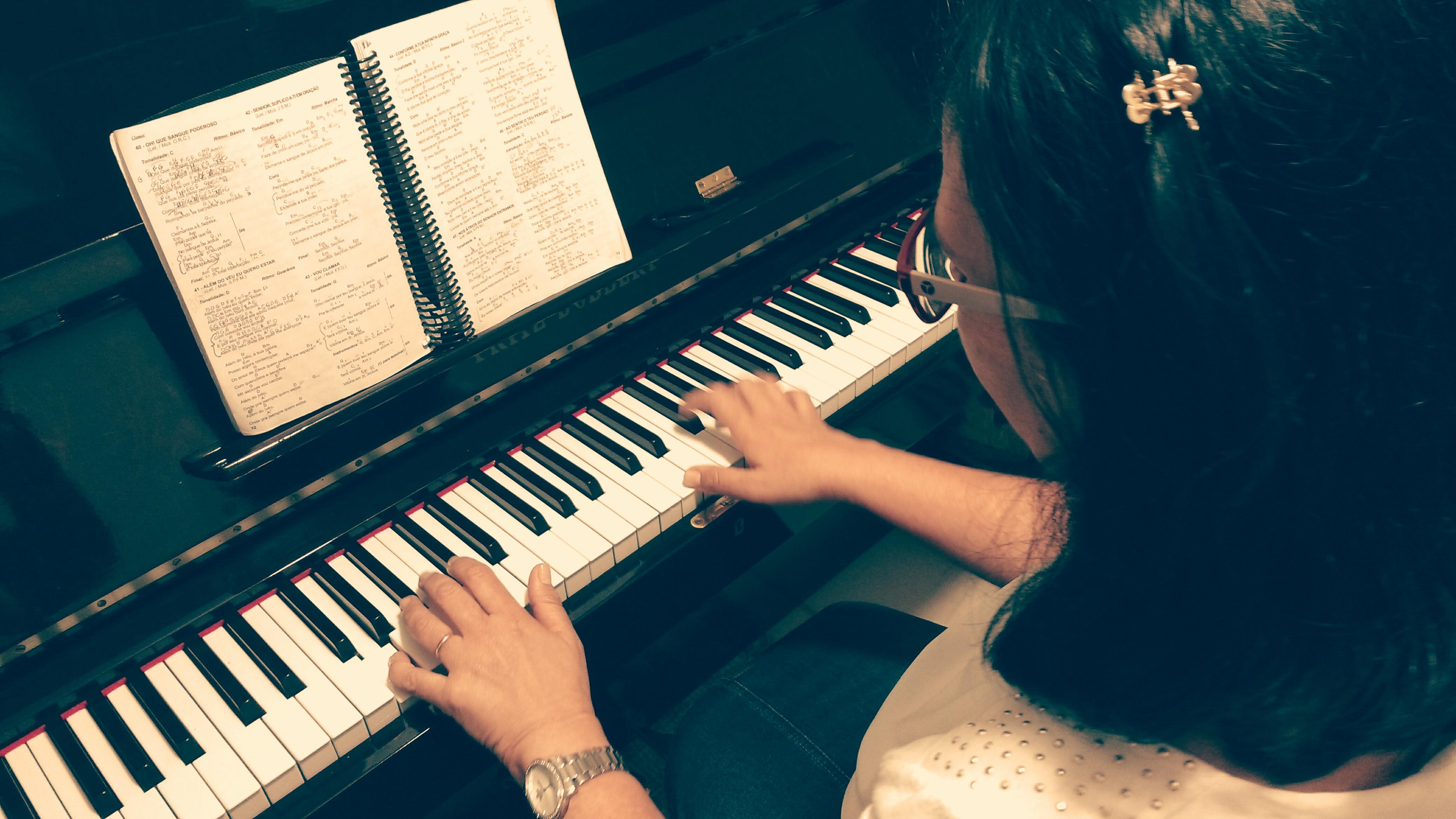 #professordemusica #juizdefora #aprenderteclado #musicalizaçãoinfantil  #pianoiniciante #tecladoiniciante #aprenderteclado #estudarpiano