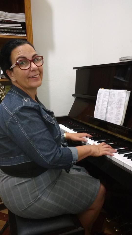 aulas de teclado cristão em jf luciane professora telefone 32238063