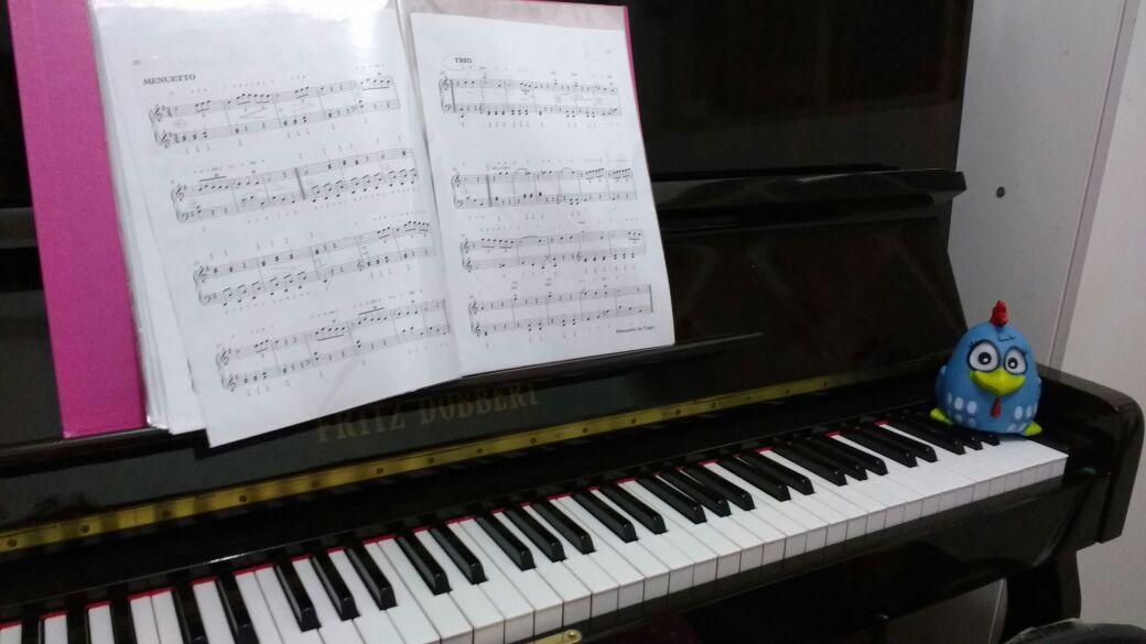 professor de teclado para criança - professor de piano para criança - galinha pintadinha - @lucianetecladista,  professora de teclado, professora de piano, professor de musica em juiz de fora, professora de musica em juiz de fora, @lucianetecladista, @lojamineiradomusico,