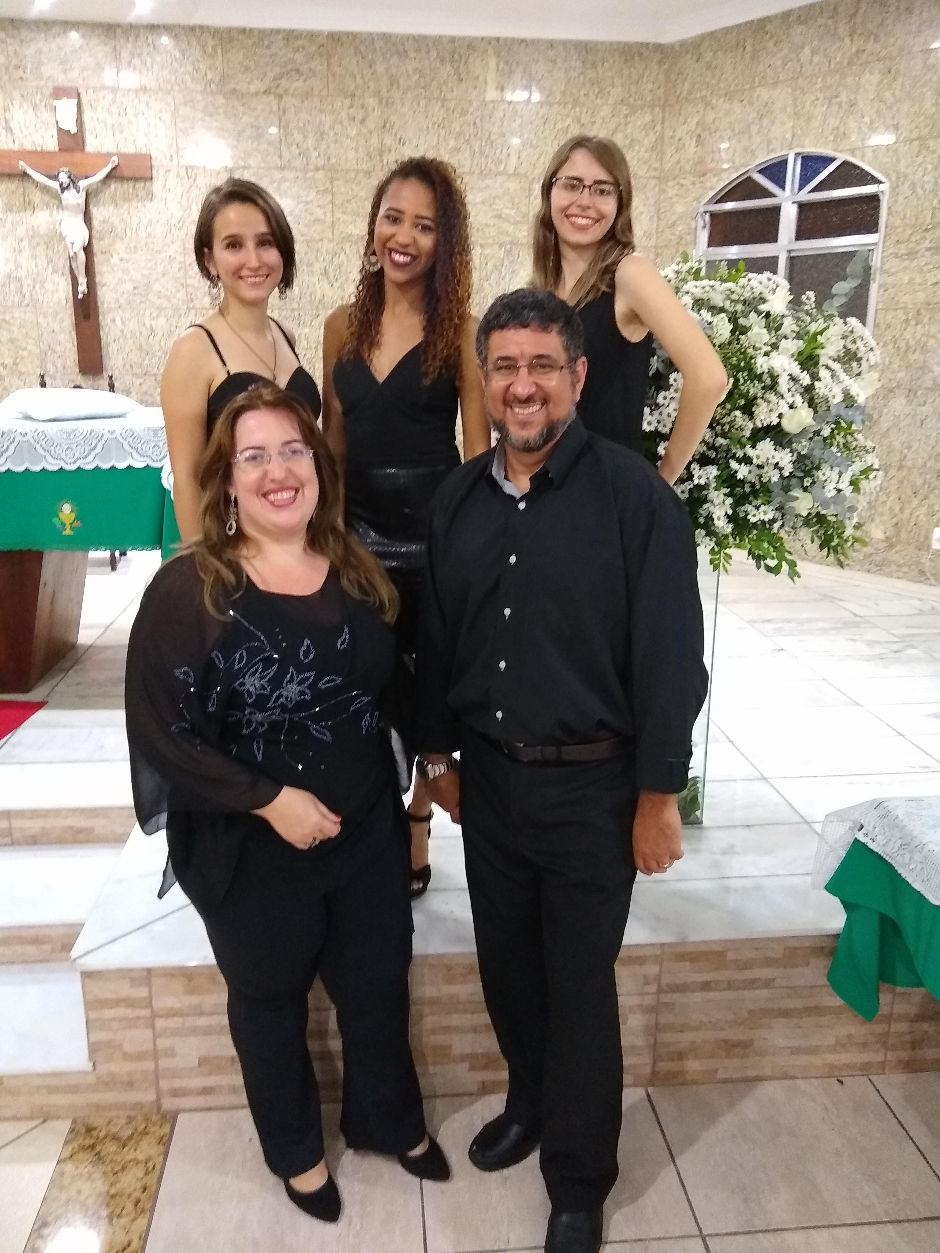 Luciane Borges Música de casamento Juiz de Fora Casamentos 10 melhores bandas de música para casamentos para Juiz de Fora