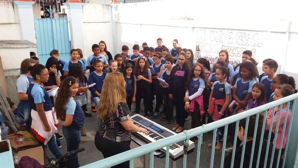professor de musica nas escolas em jf luciane borges pedagoga