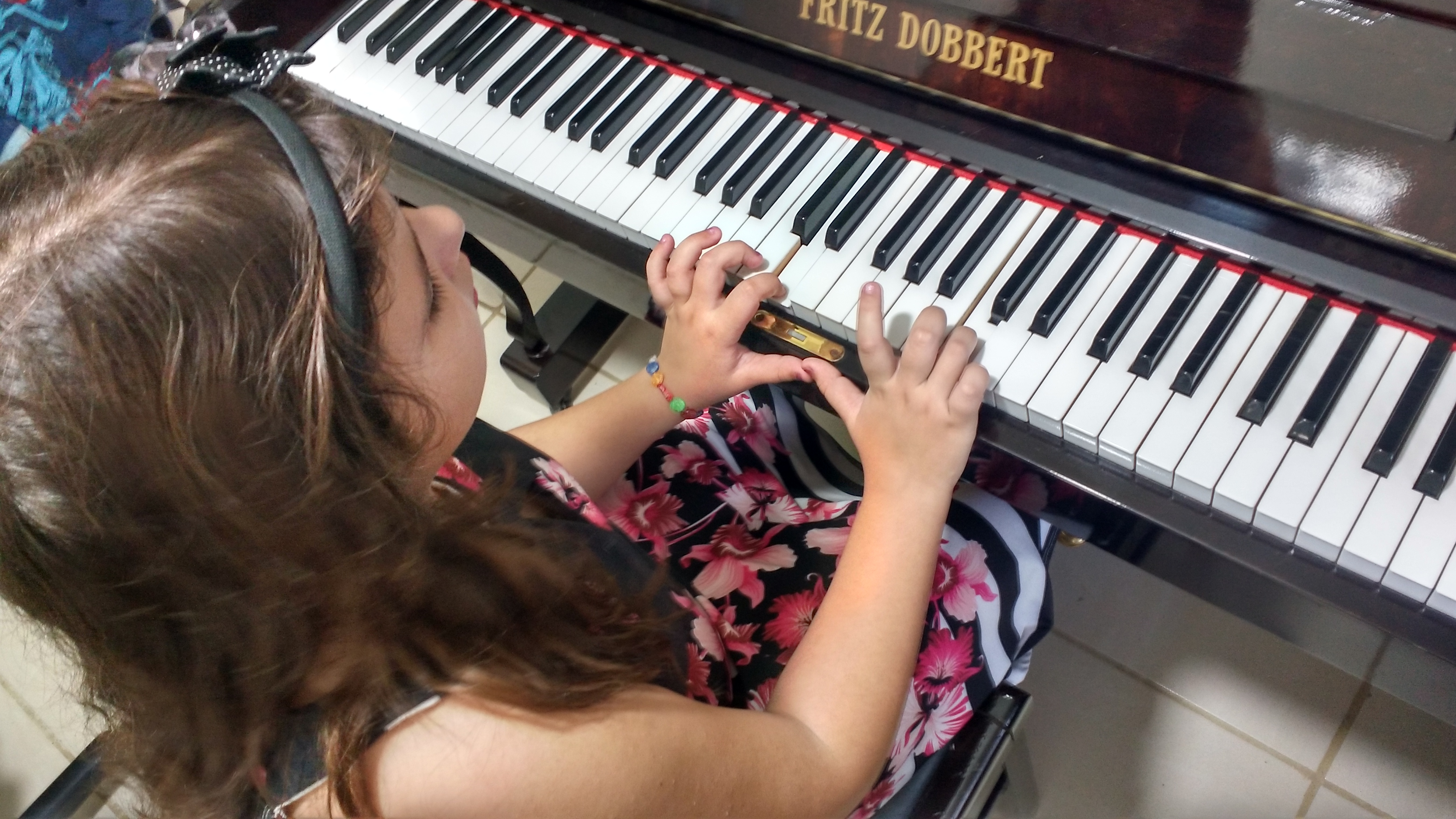 curso de musica em juiz de fora aula para principiantes professora luciane borges telefone 32238063