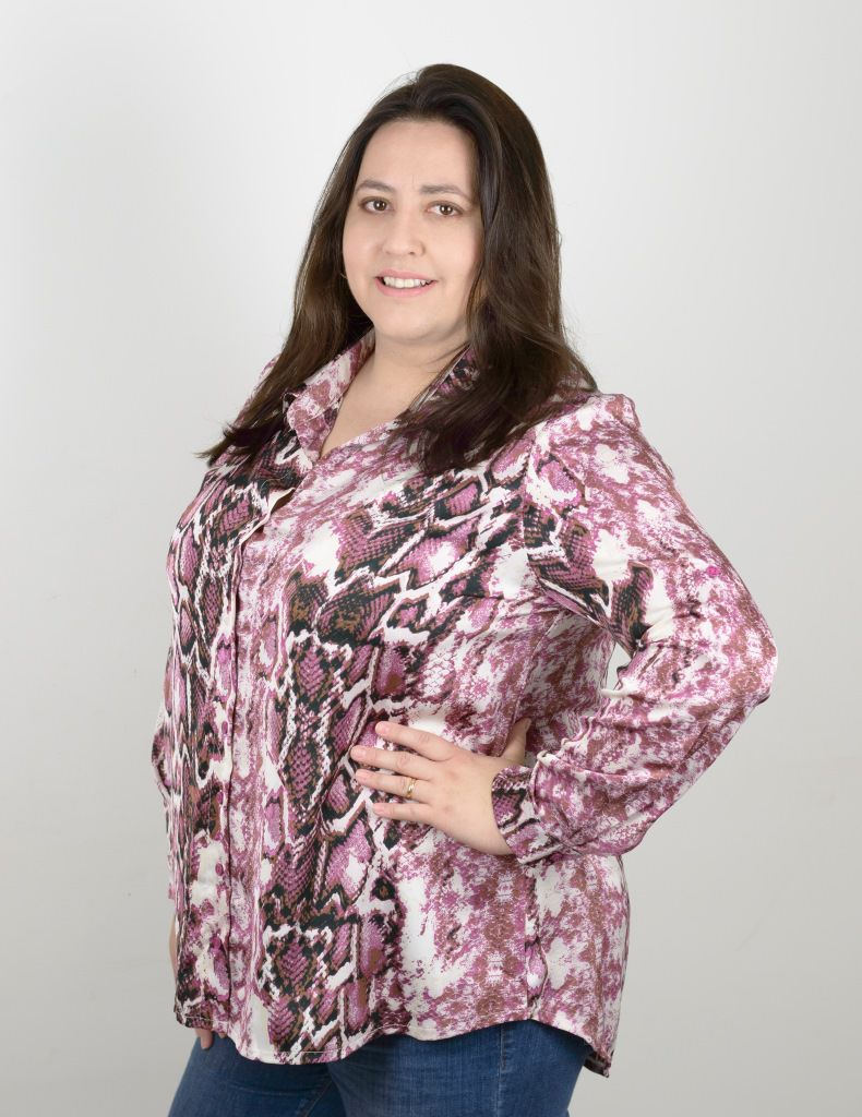camisa-animal-print-plus size-manga-longa