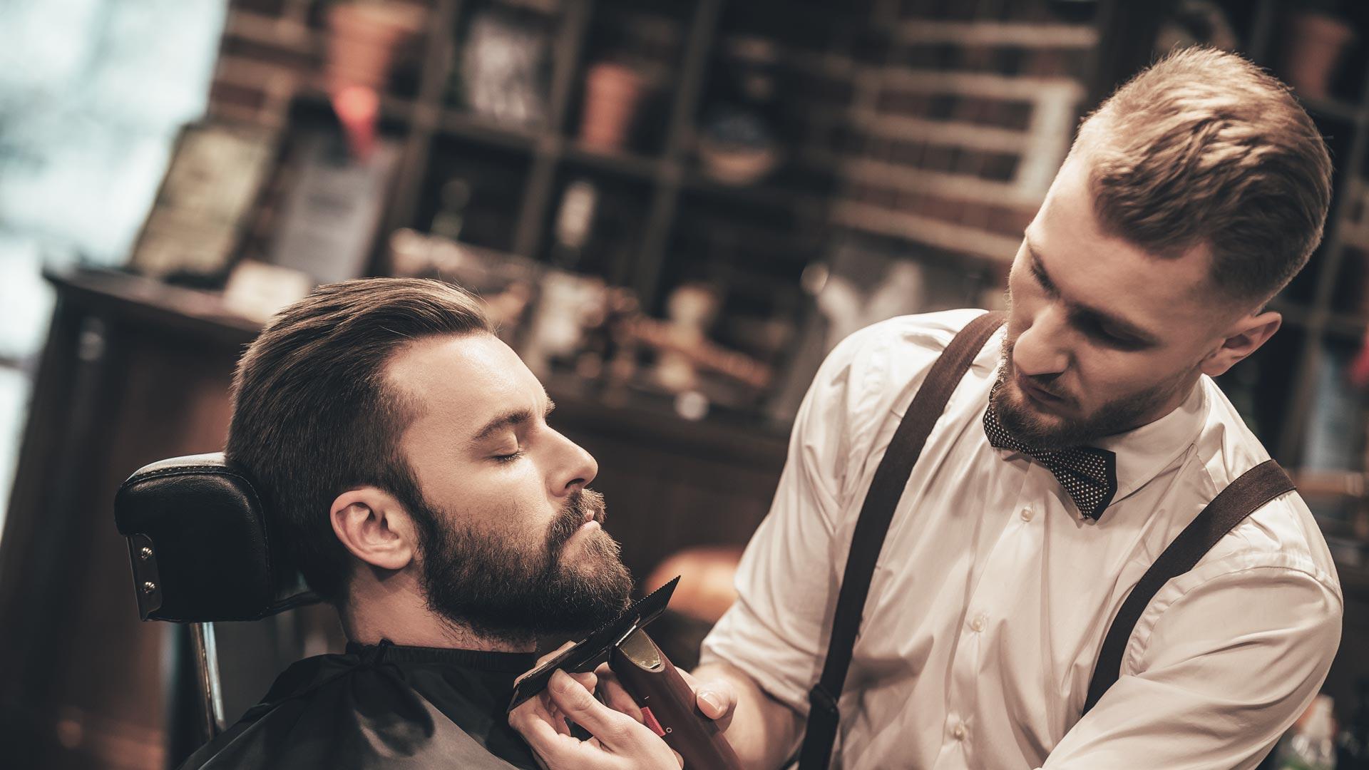 Visita ao barbeiro.