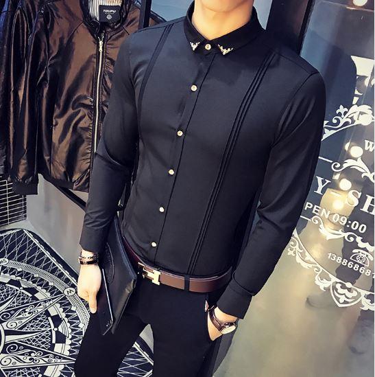 ebe386965d Camisa Manga Longa Slim Fit confeccionada em algodão e poliéster.