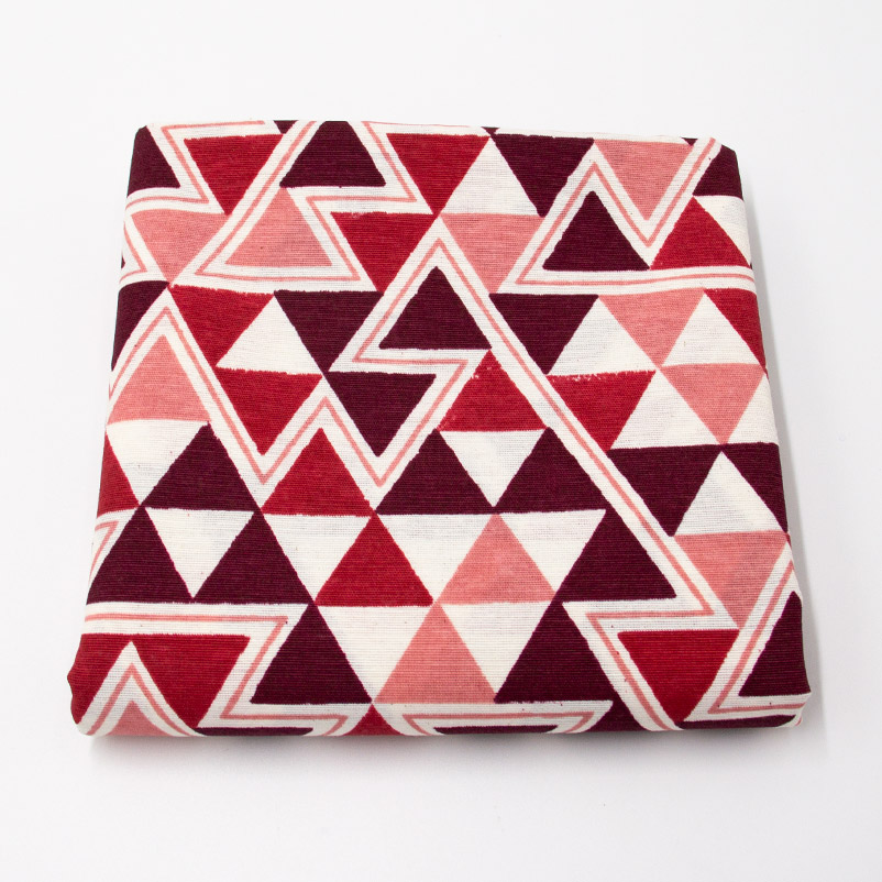 Tecido Gorgurão - Triângulos Vermelho - 50cm x 140cm