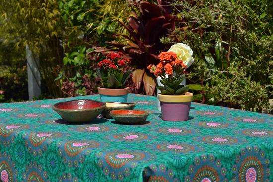 toalha de mesa pequena verde indiana com estampa de mandalas