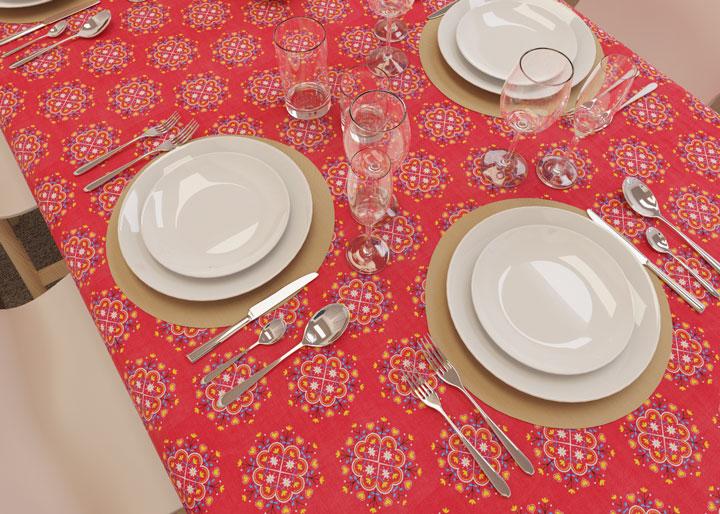 toalha de mesa para 4 lugares vermelha