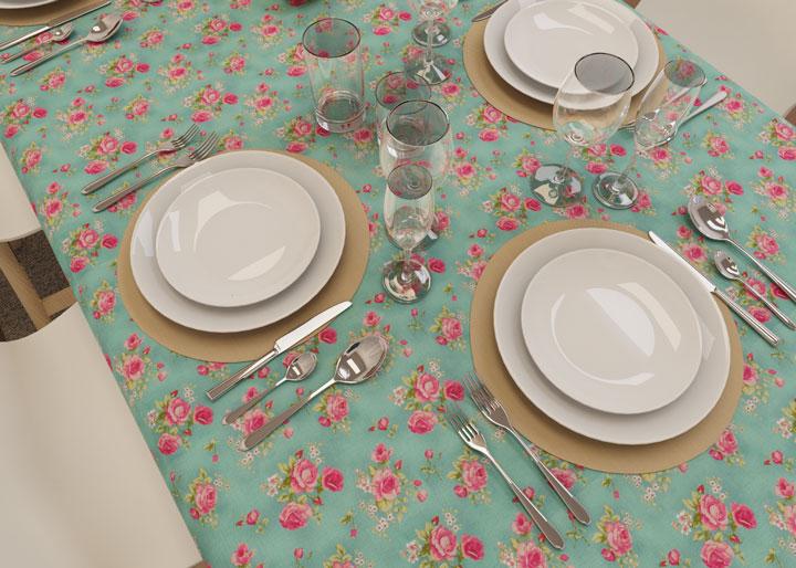 toalha de mesa verde com estampa de rosas