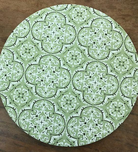 elementos para decorar com toalha de mesa para almoço