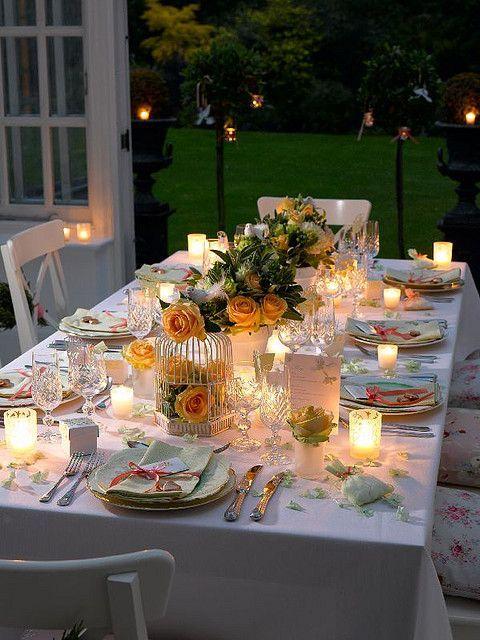 toalha de mesa oxford branca com velas