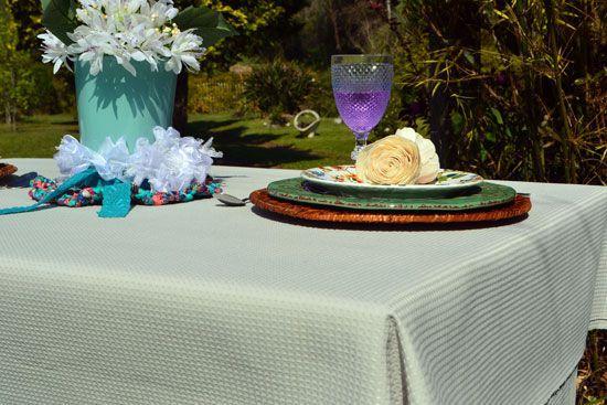 sousolat de cor amadeidado para decoração de mesa de café da manhã