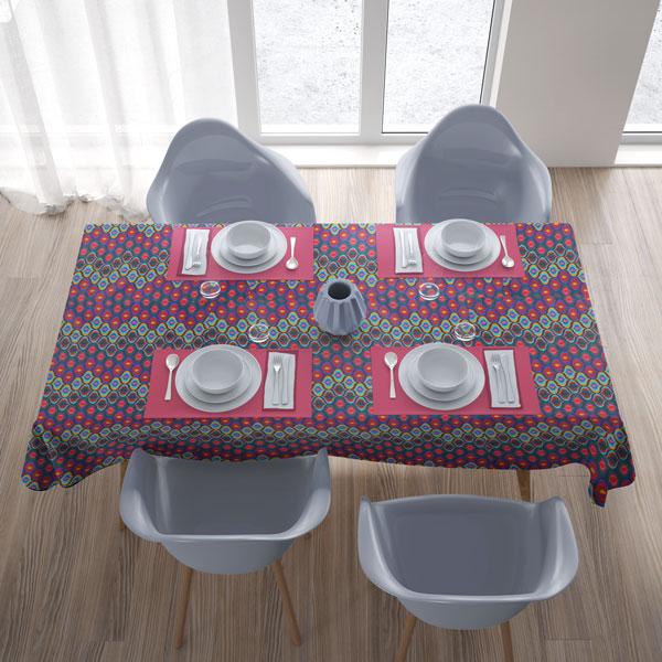toalha de mesa com caída curta
