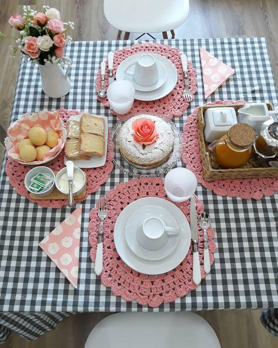 toalha de mesa xadrez para café da manhã