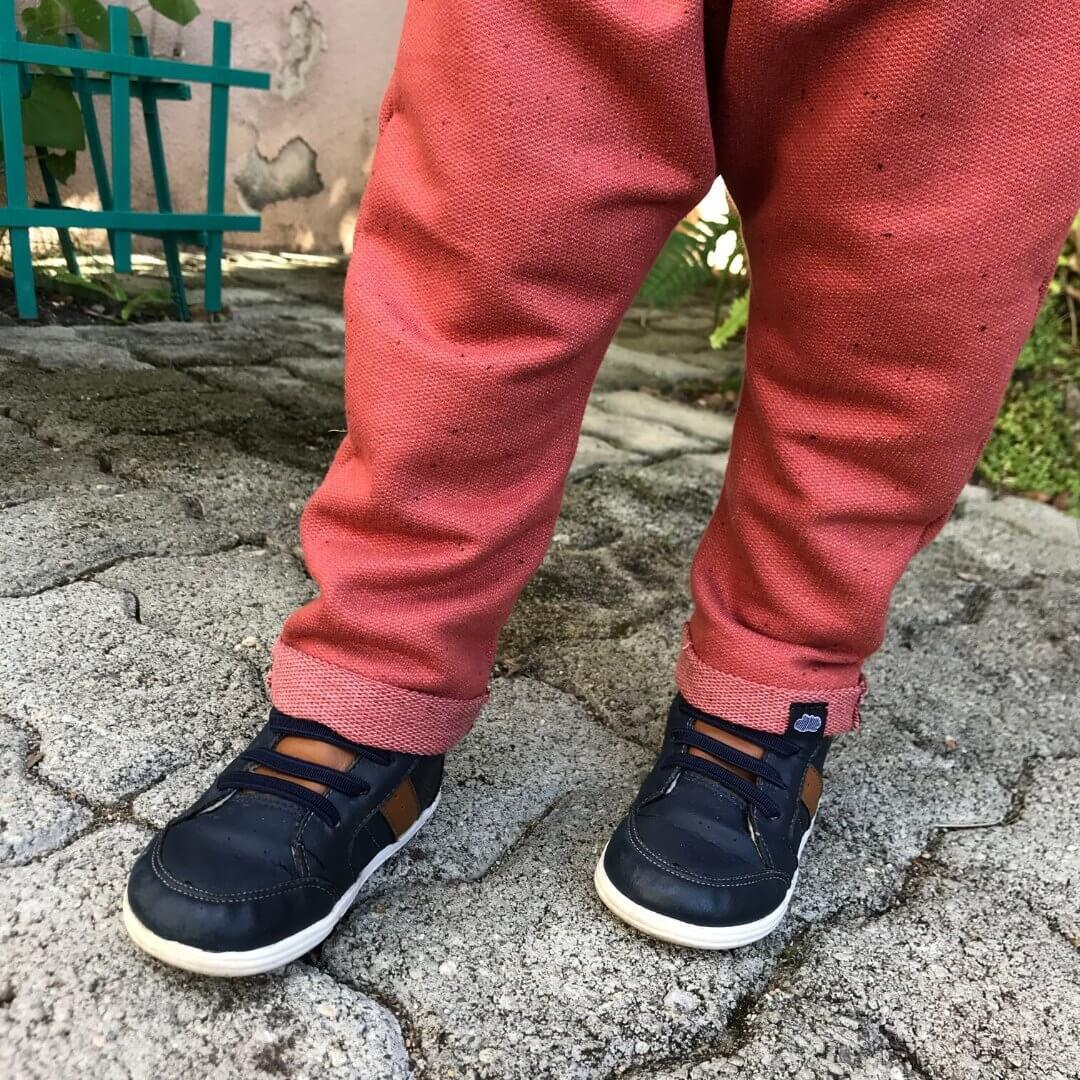 calça infantil estilosa