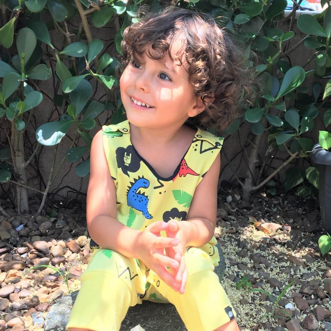 macacao infantil amarelo dinossauros