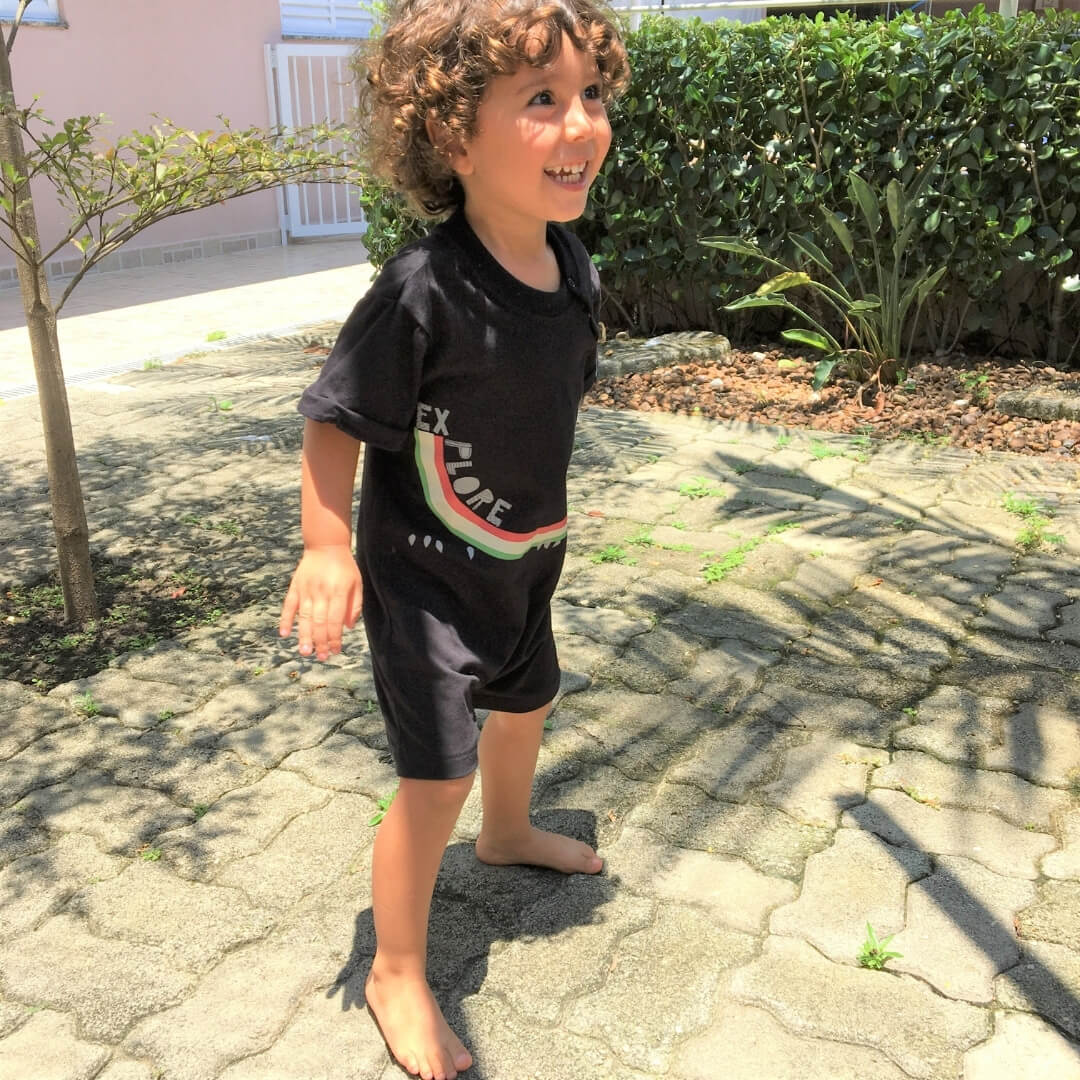 macacão infantil preto