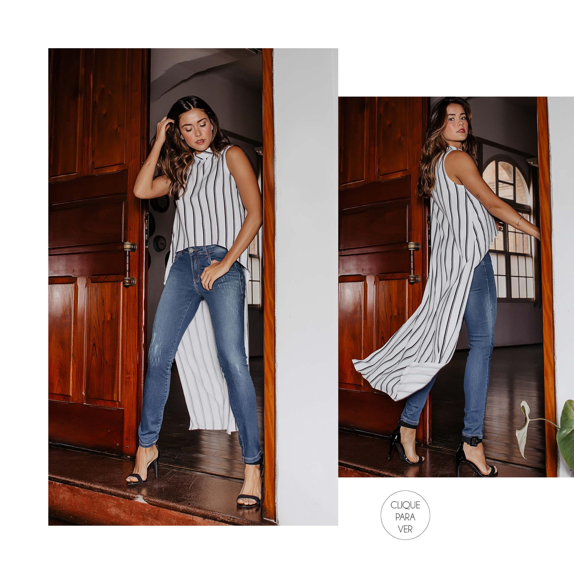A camisa com recortes e comprimento longo atrelada ao jeans entrega um look cool despojado.