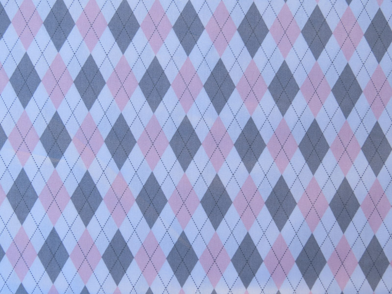 estampa losango rosa e cinza