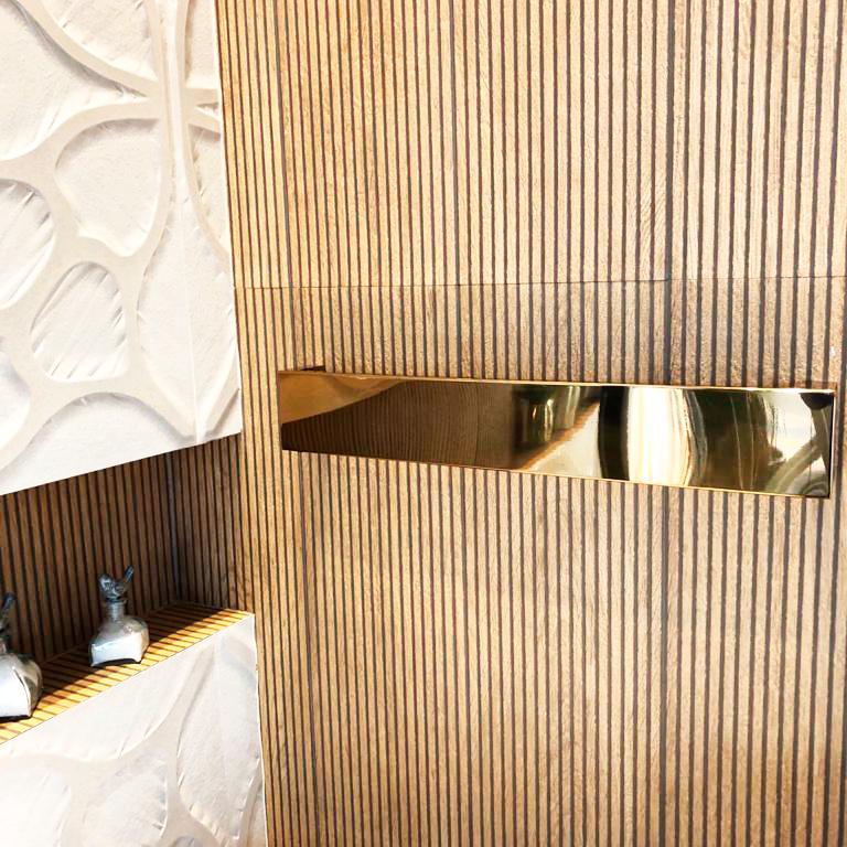 Toalheiro Térmico de Parede Flat Clean 75x12cm Dourado Claro para Banheiros e Lavabos