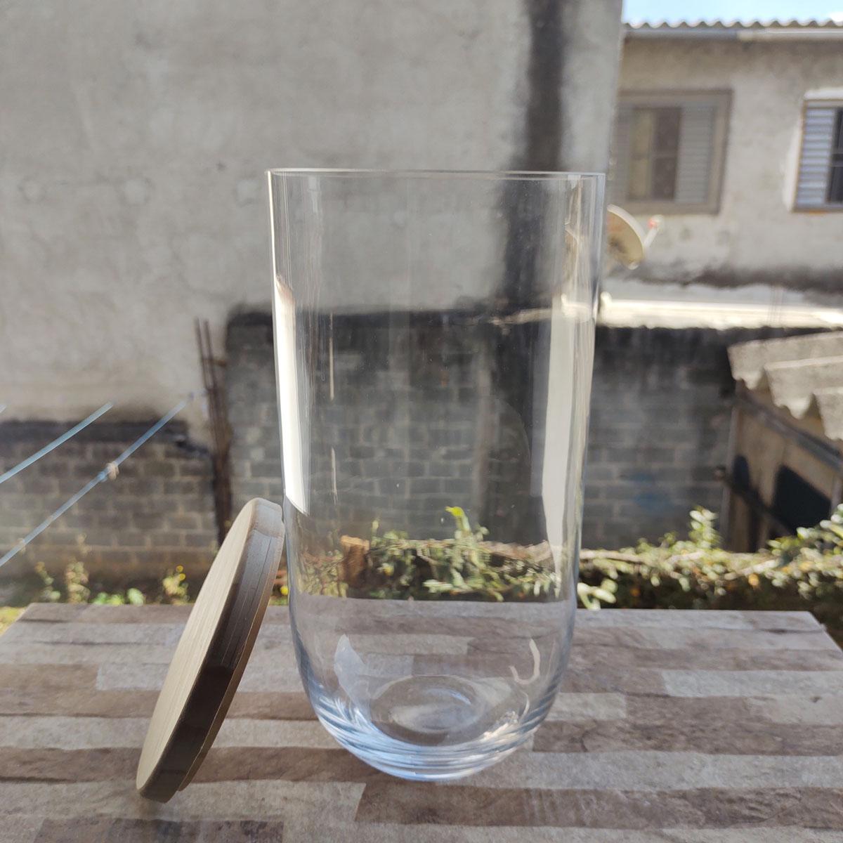 Vaso de Vidro Curva Com Tampa de Madeira