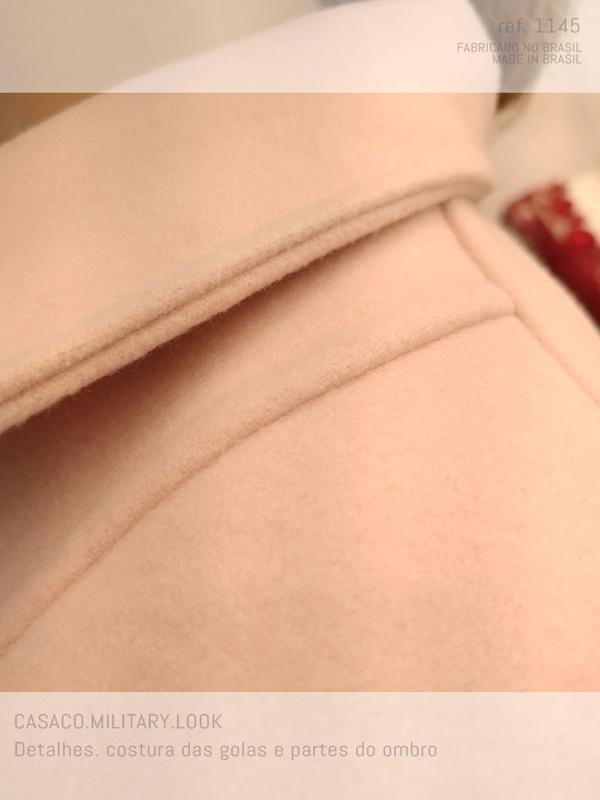 veja o capricho na costura deste casaco feminino curto military look