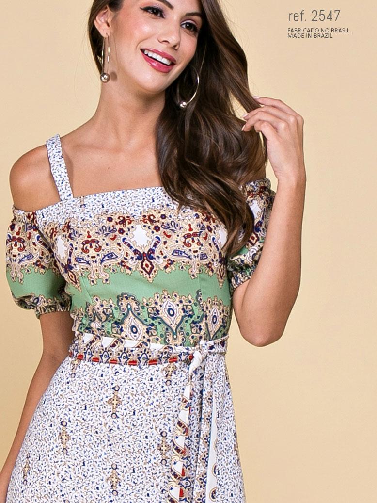 vestido estampado midi ombro a ombro
