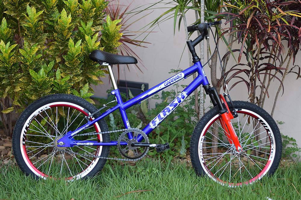 Bicicleta infantil azul