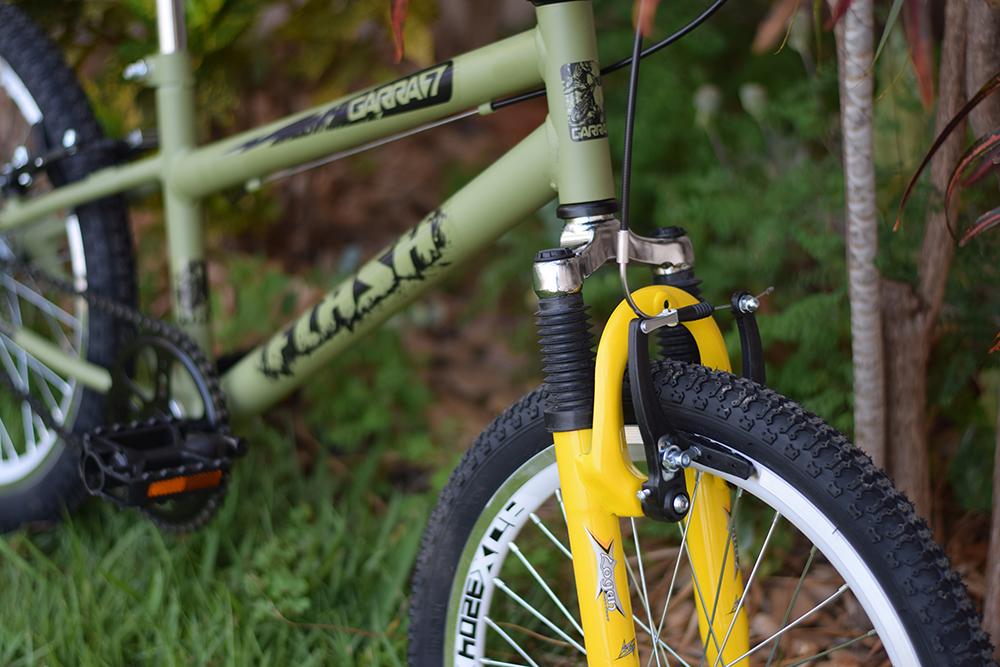 Bicicleta verde militar