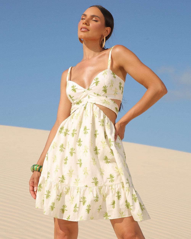 vestido-bordado-curto