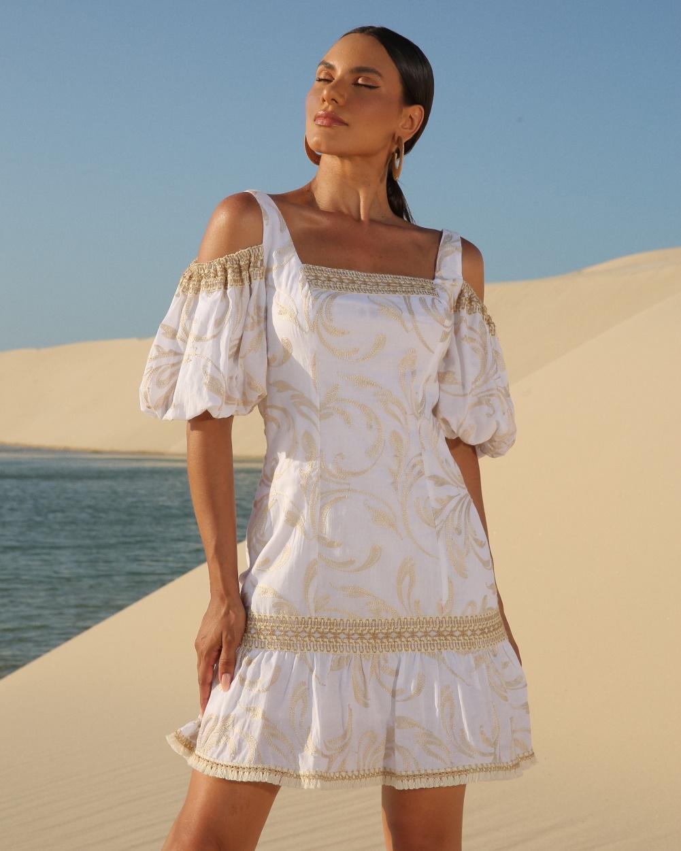 vestido-curto-bordado