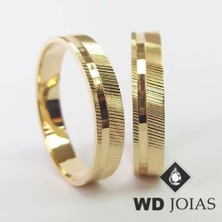 Aliança de Ouro Polida e Bordada 6mm 10 Grama!