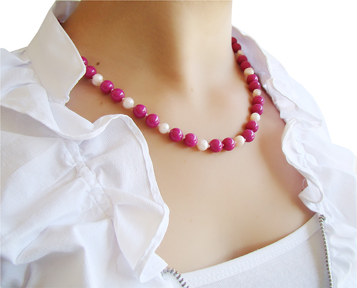 colar de jade rosa